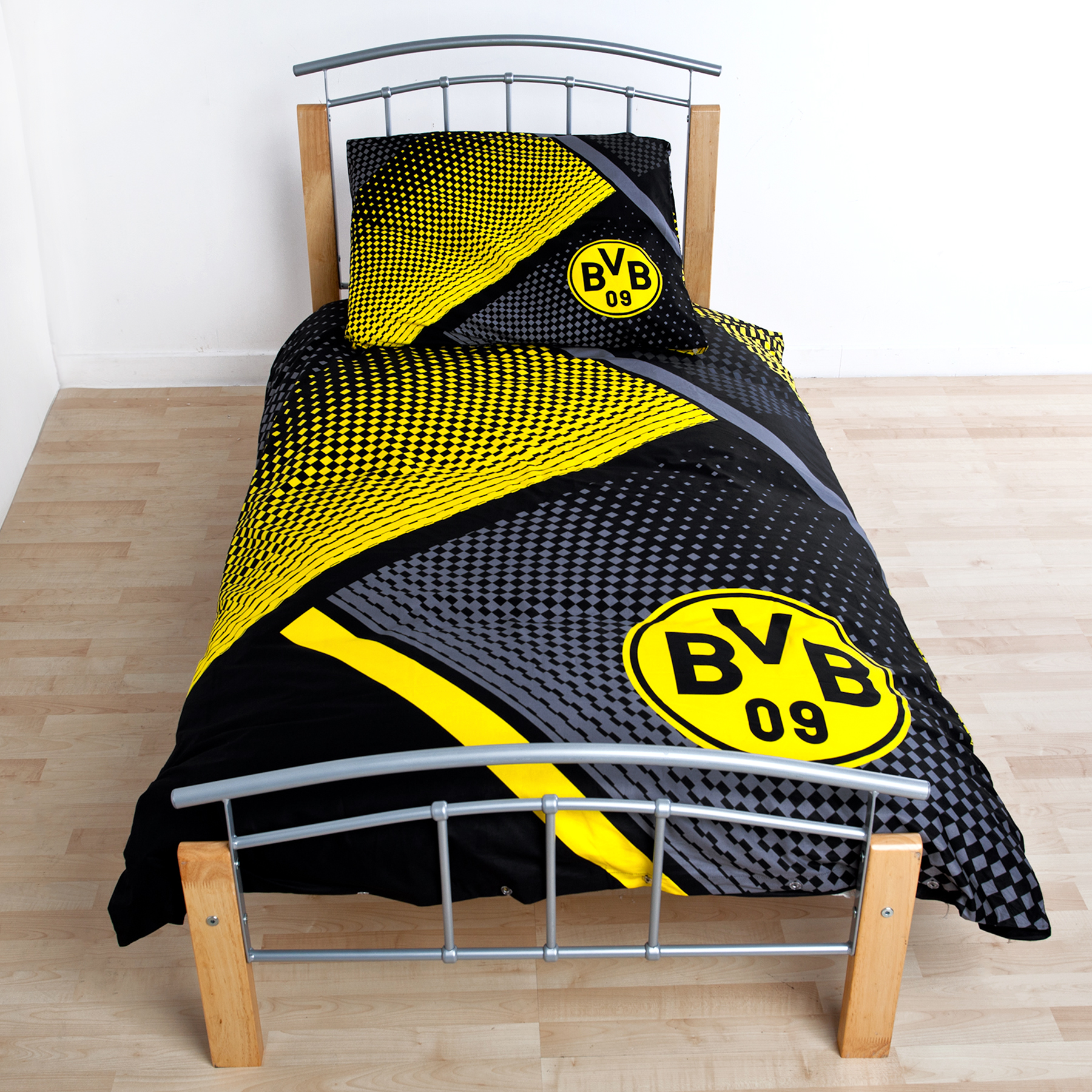 Image of BVB Dots Bedding Set 155 x 220 cm Multi