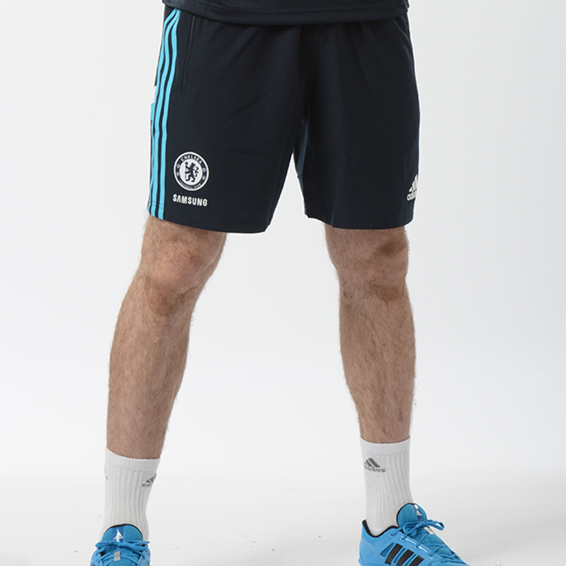 Chelsea Training Woven Shorts   Enjoy ultimate performance and comfort while in motion with these adidas Chelsea Training Woven Shorts.   Styled with a Chelsea club crest lion badge and adidas performance logo and stripes, you can enjoy an athletic style and team pride as you practise your skills on the pitch in these Chelsea shorts.   Benefits of these Chelsea woven training shorts •Regular fit •Embroidered logo •100% Polyester