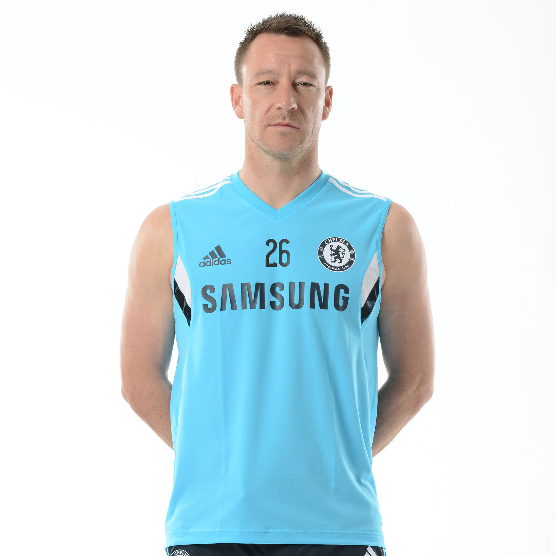 Chelsea Training Sleeveless Shirt Blue   Stay cool as the game heats up with this intense blue Chelsea sleeveless jersey.   Featuring Formotion™ fabric technology, the Chelsea club crest lion badge and adidas performance logo and stripes, this slim fit Chelsea leisure top offers pro-level comfort.   Benefits of this Chelsea Training Jersey •Formotion™ fabric technology •Sleeveless design •Chelsea club crest lion badge •adidas performance logo and stripes