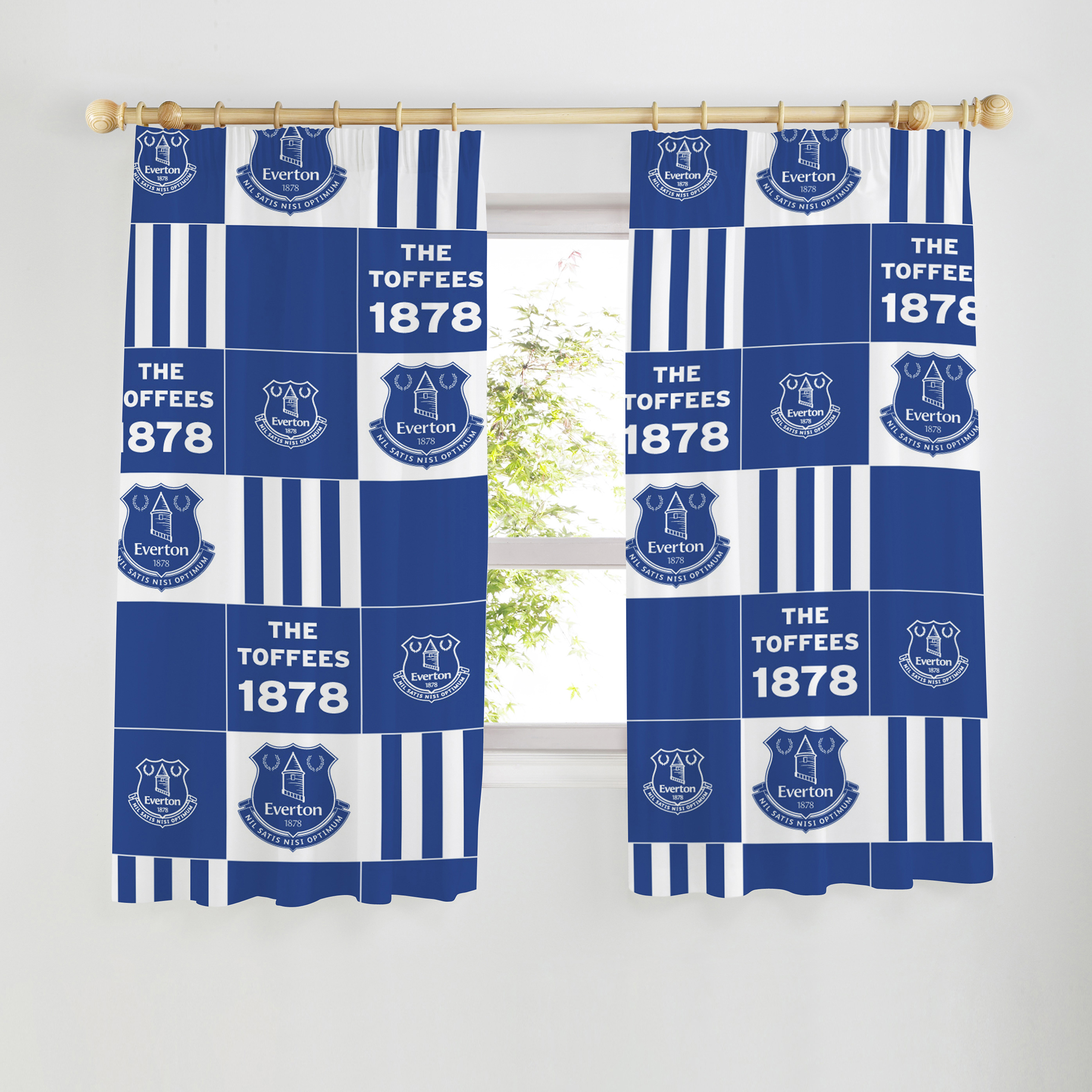 Everton Curtains 54 inch