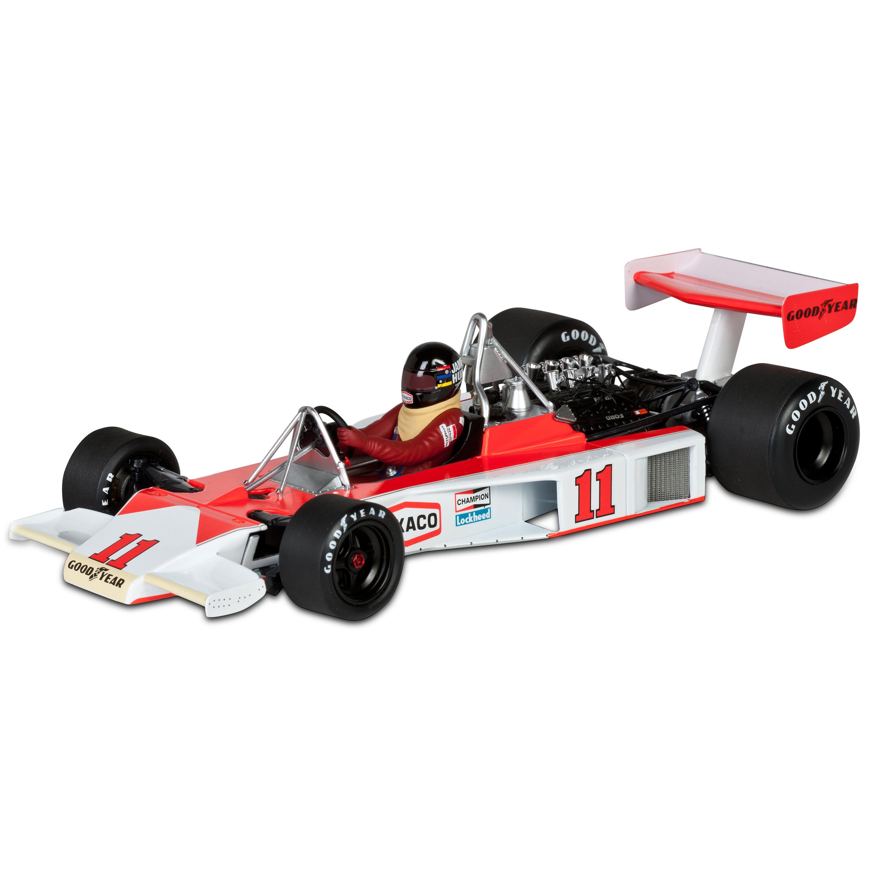 Die Cast James Hunt World Champion 1976 McLaren Ford M23 1:18 Scale