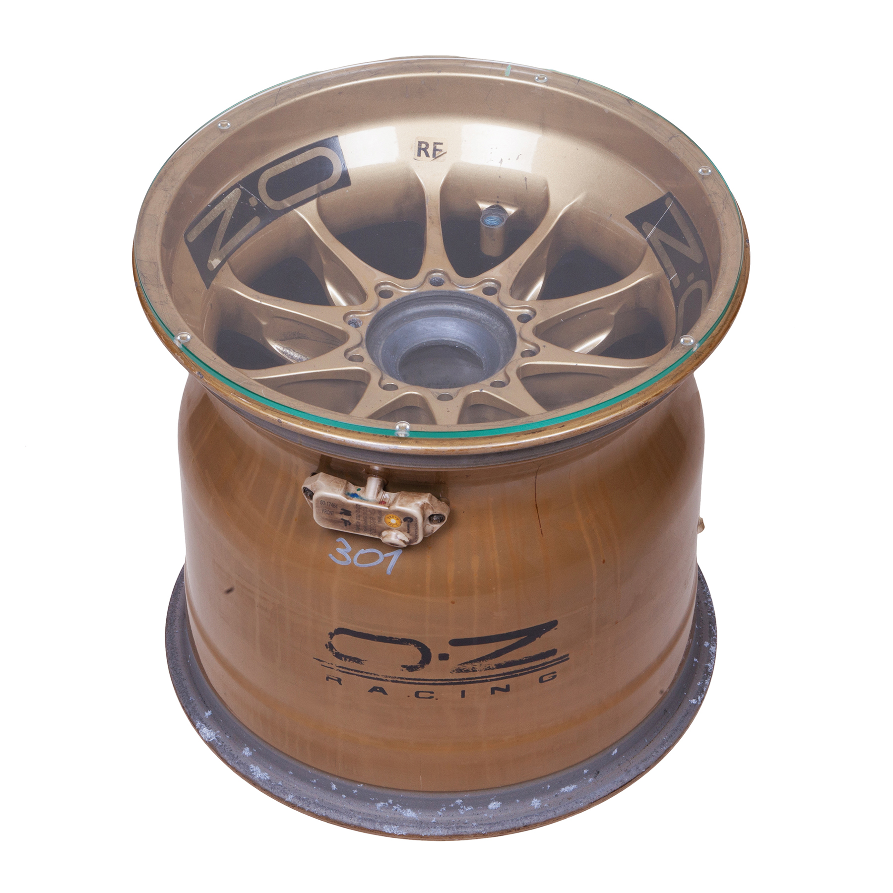 Lotus F1 Wheel Rim Table