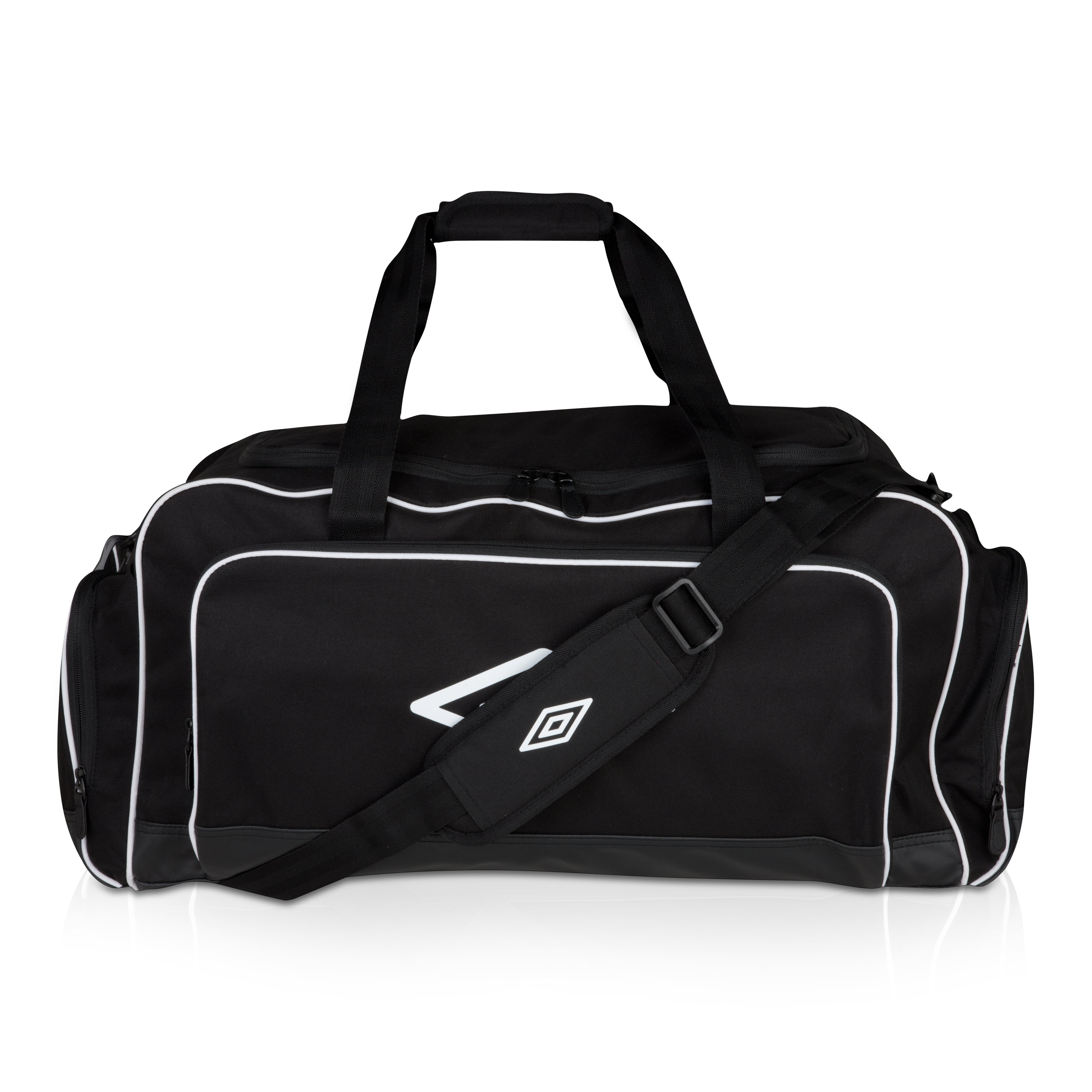 Umbro Medium Holdall - Black / White