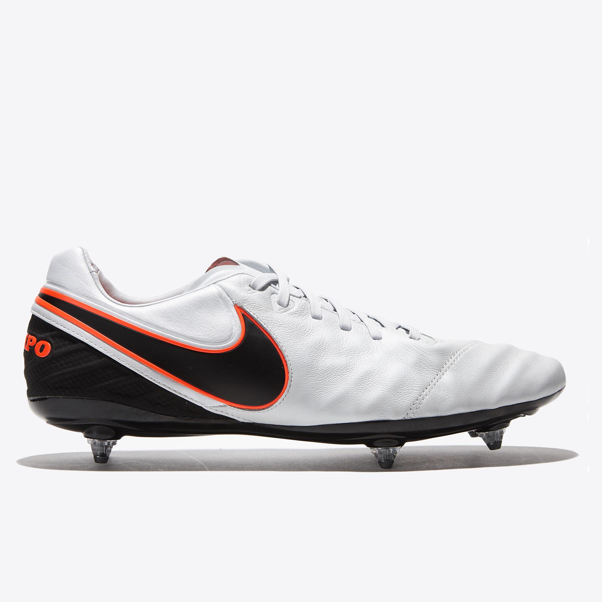 Nike Tiempo Legacy II SG White