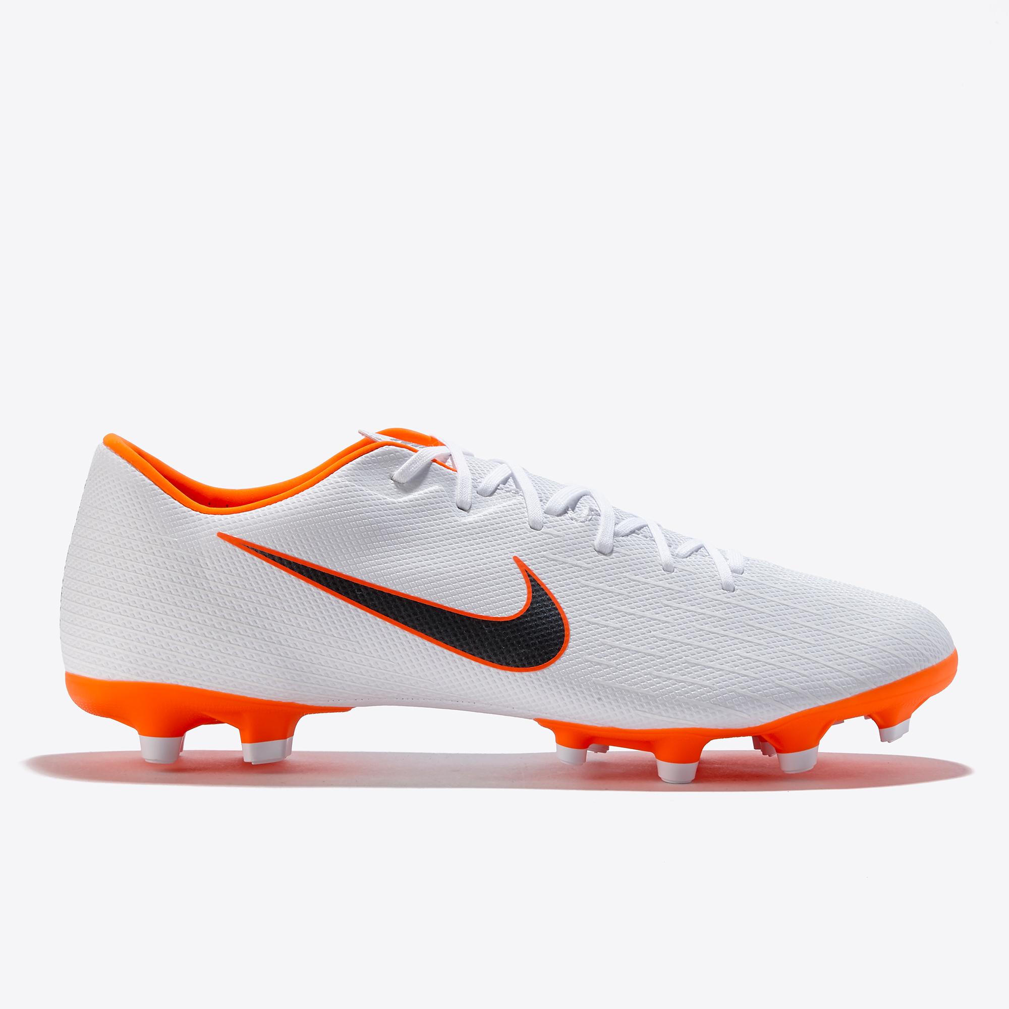 Chaussures de football Nike Mercurial Vapor 12 Academy multi-terrains