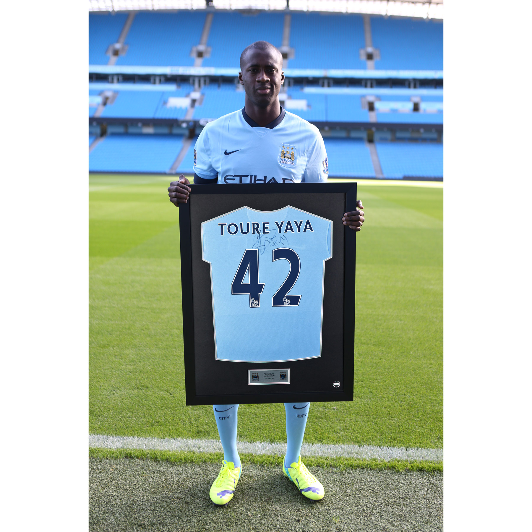 Manchester City Framed 2014/15 Home Shirt Signed - Yaya Toure