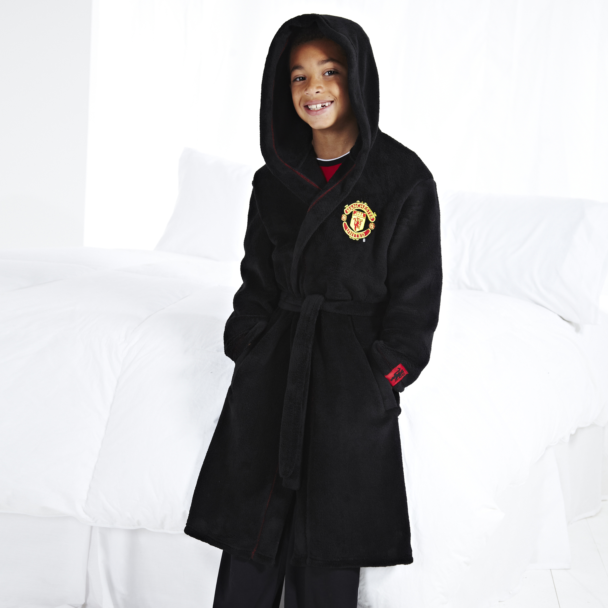Manchester United Crest Supersoft Robe - Black - Older Boys