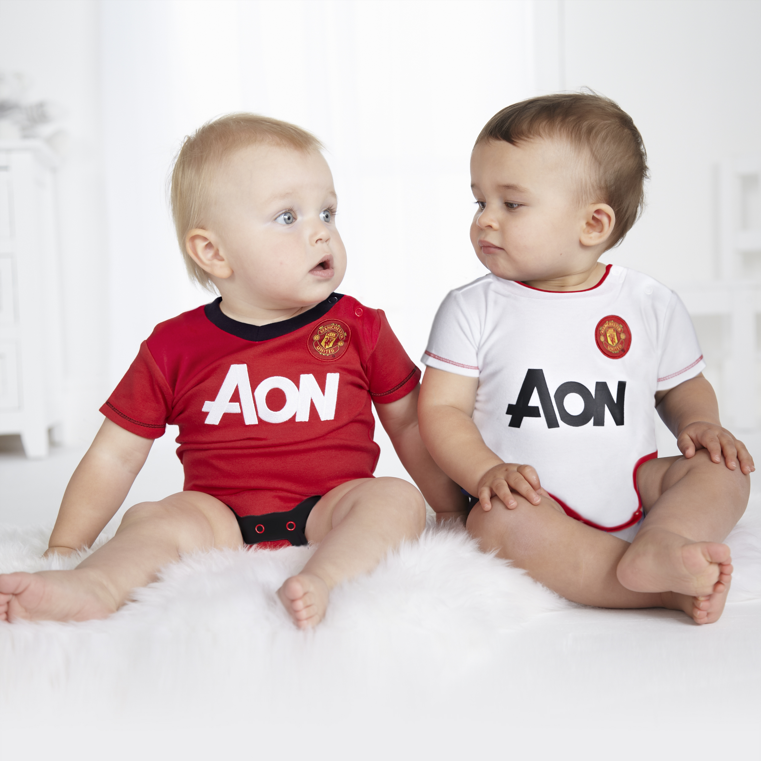 Manchester United Core Kit 2 Pack Bodysuits - Red/White - Baby