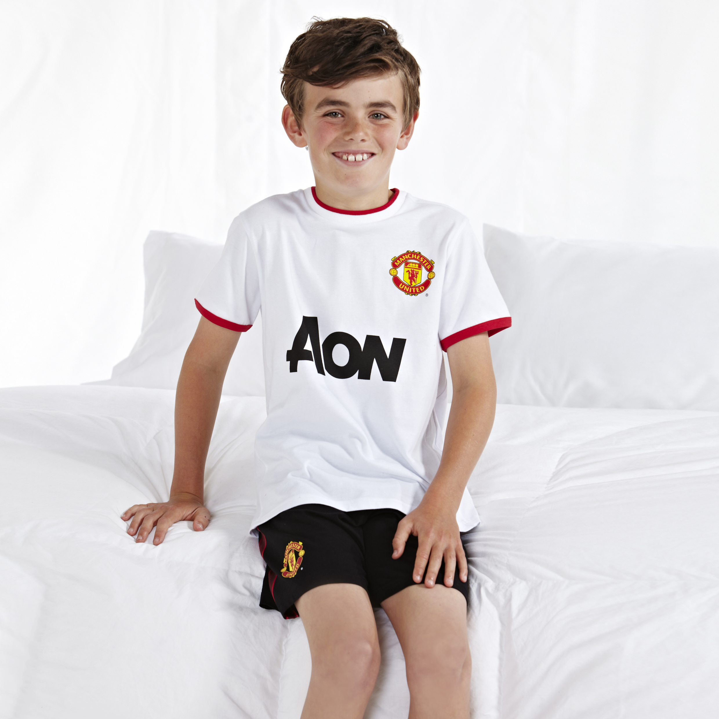 Manchester United Away Kit Pyjamas - White - Boys