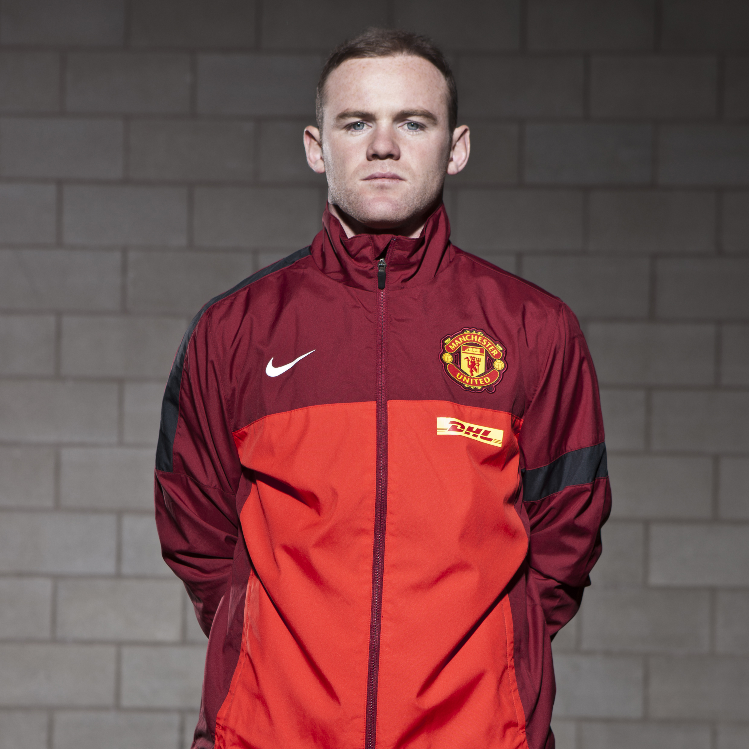 Manchester United Sideline Woven Jacket	Challenge - Red/Team Red/Black/White
