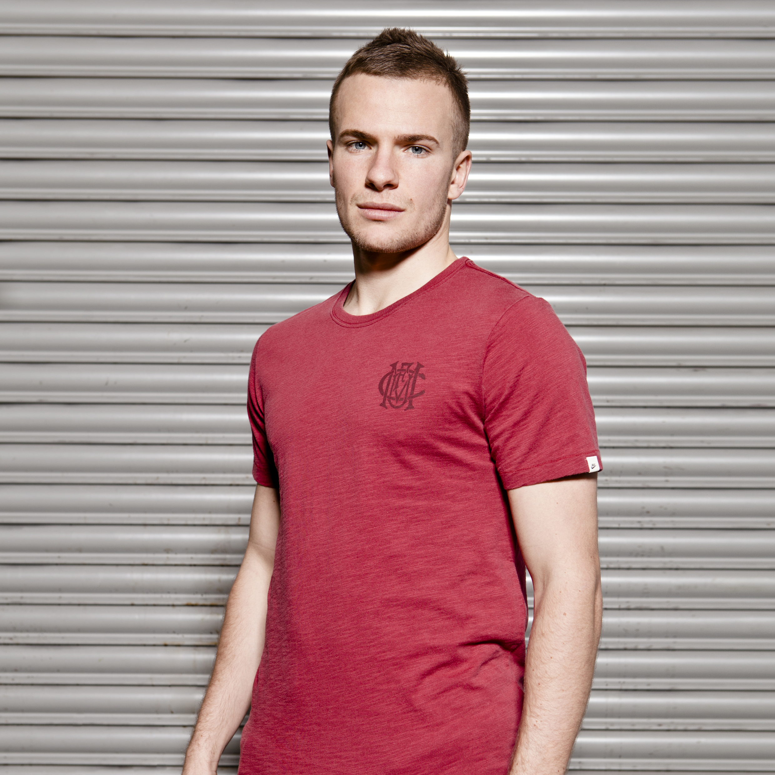Manchester United Covert Vintage Crew Neck T-Shirt - Team Red