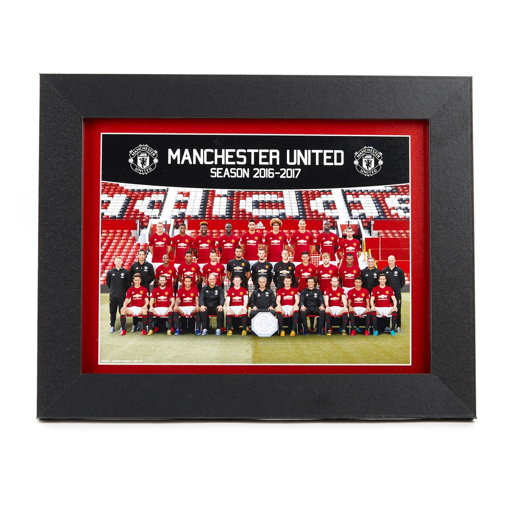 Manchester United 16-17 Team Framed Print 8 x 6