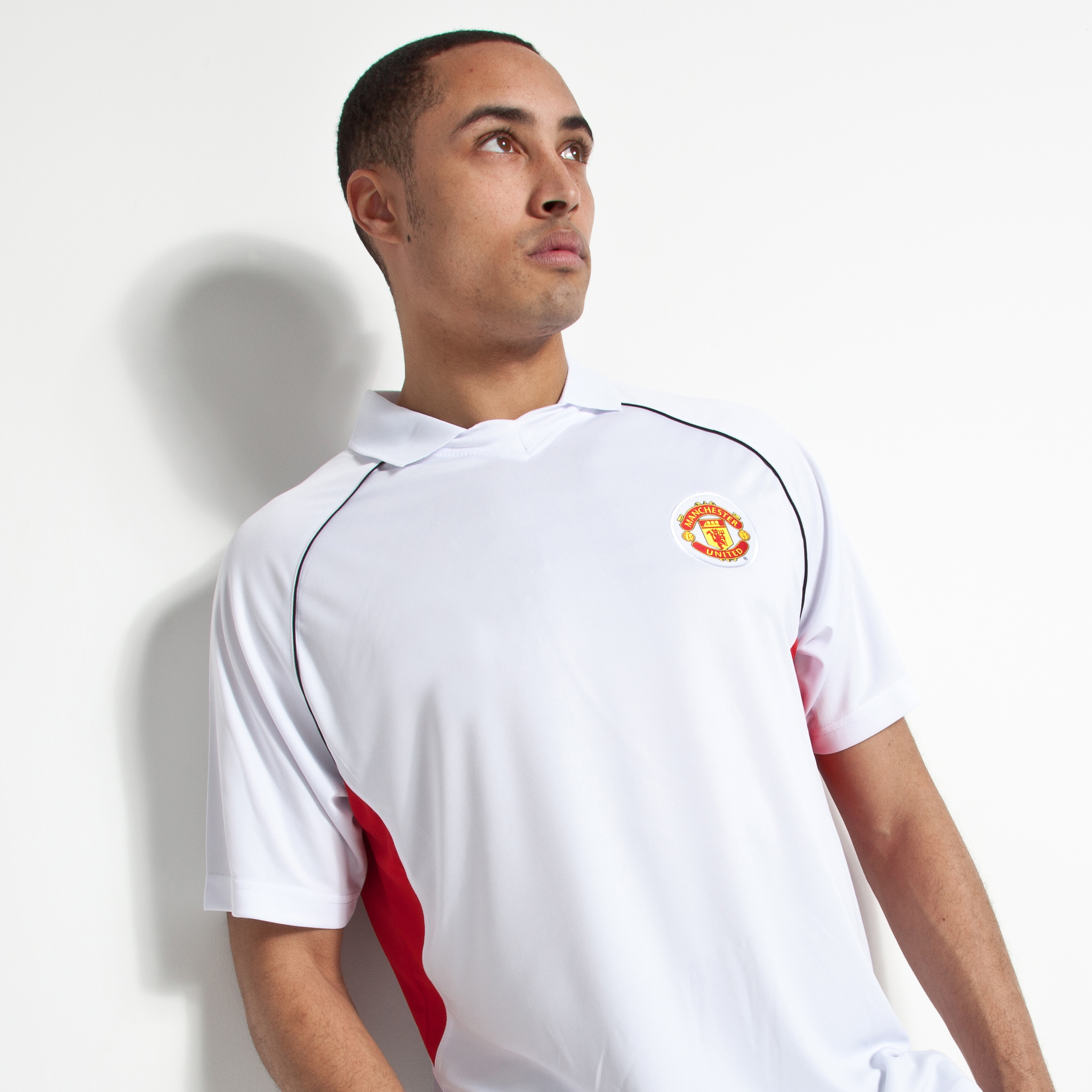 Manchester United Essentials V Neck Collar Polo - White