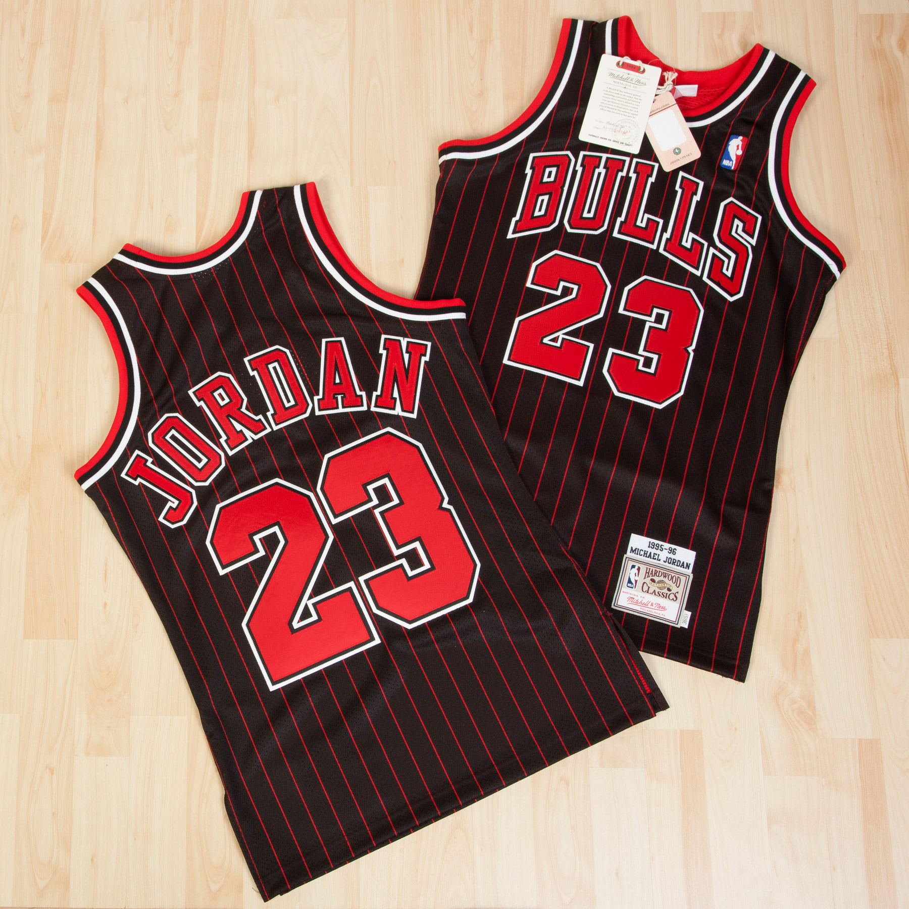 Chicago Bulls Mitchell & Ness 1995 Authentic Alternate Jersey - Michael Jordan - Mens