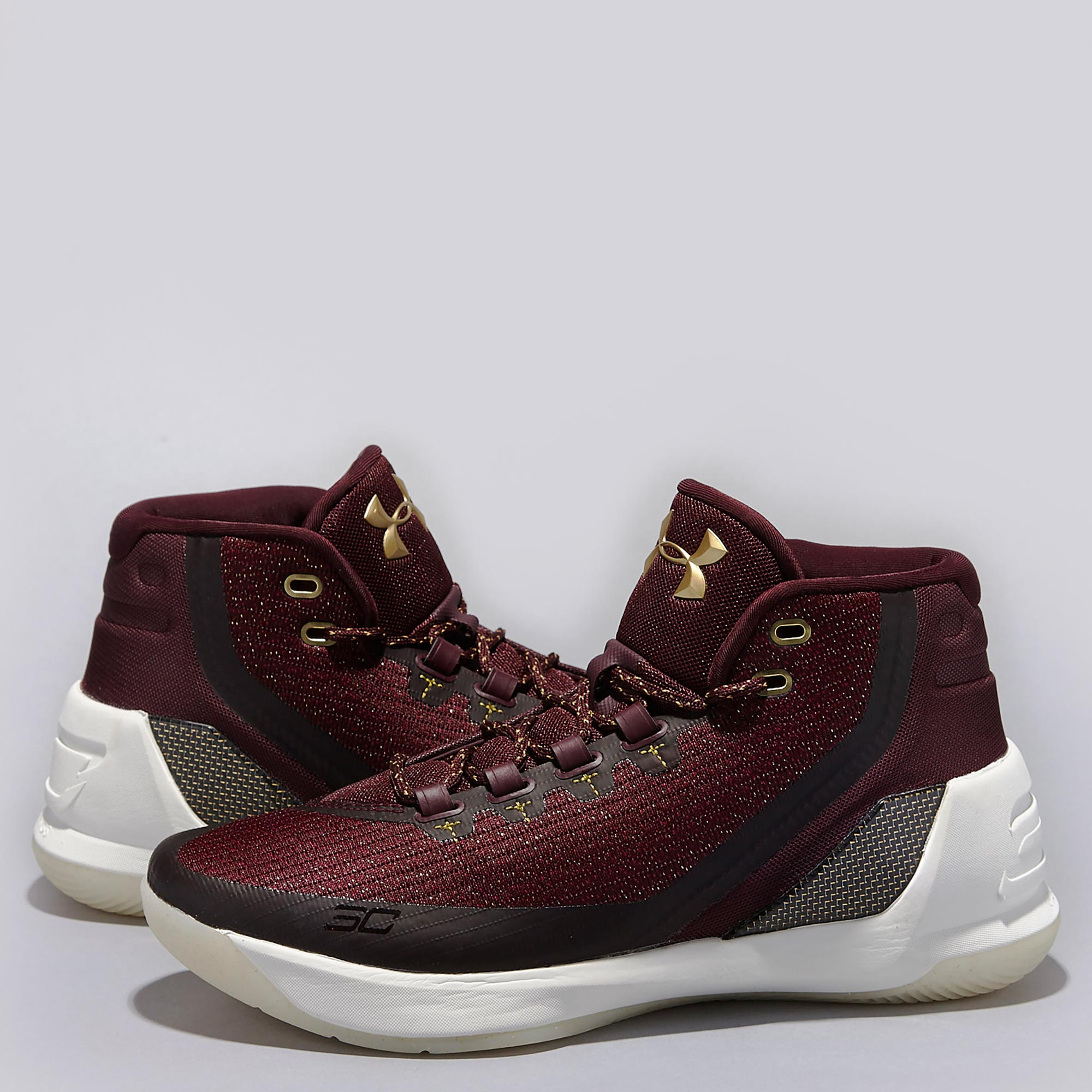 Under Armour Curry 3 Basketball Shoe - Christmas