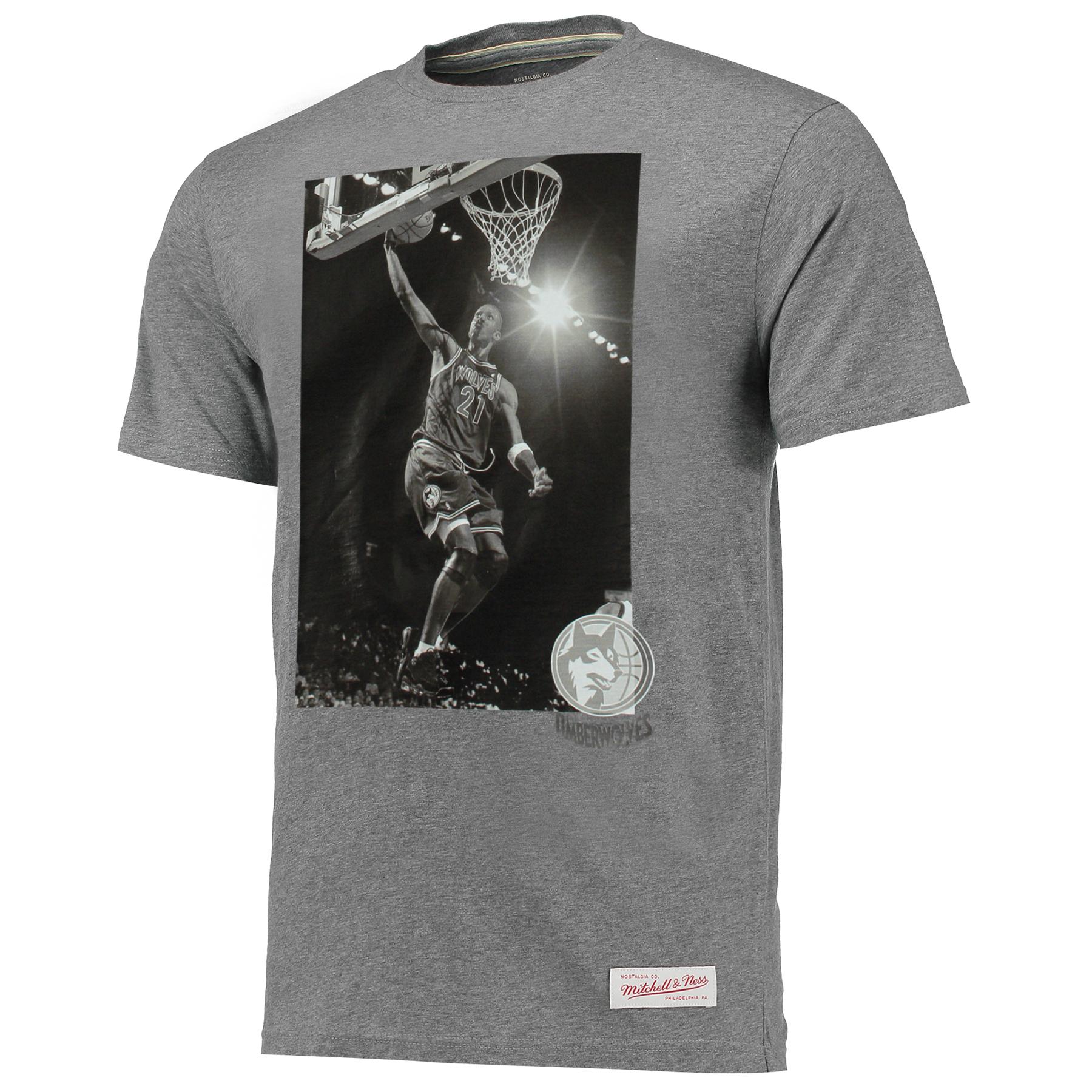 Minnesota Timberwolves Kevin Garnett B&W Photo T-Shirt by Mitchell & N