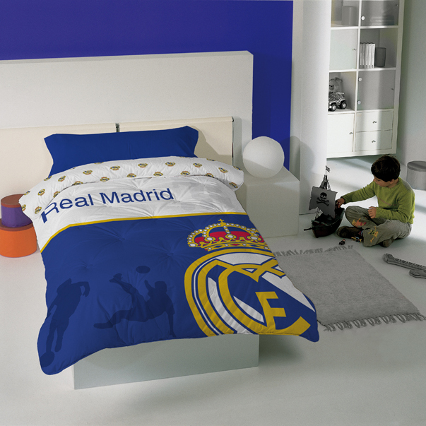 Real Madrid Printed Crest Duvet Estadio - 180 x 240cm